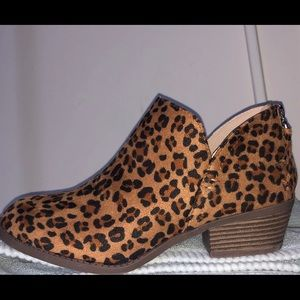 Shoes - NWT cheetah booties